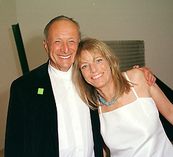 LORD & LADY ROGERS he is the leading architect, at a dinner in London on 3rd May 2000.ODH 137