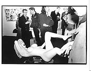 Art Fair opening. Business Design Centre. Islington. London. 20 January 1998. © Copyright Photograph by Dafydd Jones 66 Stockwell Park Rd. London SW9 0DA Tel 020 7733 0108 www.dafjones.com