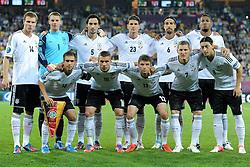 10-06-2012 VOETBAL: UEFA EURO 2012 DAY 3: POLEN OEKRAINE<br /> UEFA Euro 2012 Group B Match between Germany and Portugal at the Arena Lviv, Lviv, Ukraine / HOLGER BADSTUBER, MANUEL NEUER , MATS HUMMELS , MARIO GOMEZ , SAMI KHEDIRA , PHILIPP LAHM , LUKAS PODOLSKI , THOMAS MULLER , BASTIAN SCHWEINSTEIGER , MESUT OZIL<br /> ***NETHERLANDS ONLY***<br /> ©2012-FotoHoogendoorn.nl