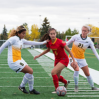 1st year Sally Bachmann (21) of the Regina Cougars in action during the Women's Soccer Home Game on September 23 at U of R Field. Credit Matt Johnson/©Arthur Images 2017