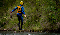 26-05-2016 SPA: BvdGF WeBike2ChangeDiabetes Challenge, Perarrua<br /> Dag 6  Castejon de Sos – Perarrua /  Vanaf Castejon de Sos naar het hoogste punt van deze week. We fietsen dan tot 2.090 hoogtemeters vanaf het hotel dat op 800 hoogtemeters ligt. Een transfer brengt ons naar Campo. In Campo hebben we een alternatief laatste stukje door per raft de kolkende rivier af te dalen naar Perarrua / John H