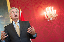03.06.2015, Präsidentschaftskanzlei, Wien, AUT, Besuch des Präsidenten des Internationalen Olympischen Komitees bei Bundespräsident Fischer, im Bild Bundespraesident von Österreich Heinz Fischer // Federal President of Austria Heinz Fischer during visit of the president of international olympic committee at Federal Presidents Office in Vienna, Austria on 2015/06/03, EXPA Pictures © 2015, PhotoCredit: EXPA/ Michael Gruber