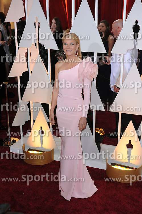 22.02.2015, Dolby Theatre, Hollywood, USA, Oscar 2015, 87. Verleihung der Academy of Motion Picture Arts and Sciences, im Bild Gwyneth Paltrow // attends 87th Annual Academy Awards at the Dolby Theatre in Hollywood, United States on 2015/02/22. EXPA Pictures &copy; 2015, PhotoCredit: EXPA/ Newspix/ PGMP<br /> <br /> *****ATTENTION - for AUT, SLO, CRO, SRB, BIH, MAZ, TUR, SUI, SWE only*****