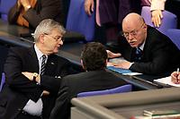19 DEC 2003, BERLIN/GERMANY:<br /> Joschka Fischer (L), B90/Gruene, Bundesaussenminister, und Peter Struck (R), SPD, Bundesverteidigungsminister, im Gespraech, waehrend der Sondersitzung des Bundestages zur Abstimmung ueber das Reformpaket zu Steuern und Arbeitsmarkt, Plenum, Deutscher Bundestag<br /> IMAGE: 20031219-01-004<br /> KEYWORDS: Gerhard Schröder, Gespräch