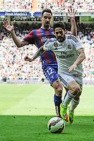 Real Madrid´s Isco and Eibar´s Borja Fernandez during 2014-15 La Liga match between Real Madrid and Eibar at Santiago Bernabeu stadium in Madrid, Spain. April 11, 2015. (ALTERPHOTOS/Luis Fernandez)