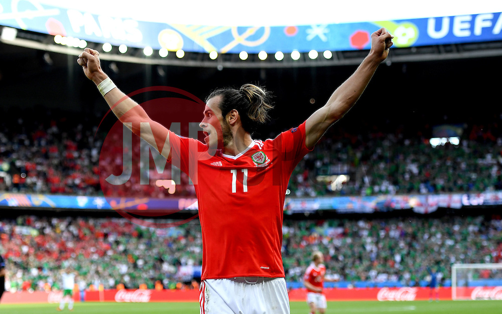 Gareth Bale of Wales celebrates   - Mandatory by-line: Joe Meredith/JMP - 25/06/2016 - FOOTBALL - Parc des Princes - Paris, France - Wales v Northern Ireland - UEFA European Championship Round of 16