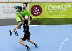 12.11.2016, BSFZ Suedstadt, Maria Enzersdorf, AUT, HLA, SG INSIGNIS Handball WESTWIEN vs Sparkasse Schwaz HANDBALL TIROL, Grunddurchgang, 12. Runde, im Bild Erwin Feuchtmann Perez (WestWien), Armin Hochleitner (Sparkasse Schwaz HANDBALL TIROL) // during Handball League Austria, 12 th round match between SG INSIGNIS Handball WESTWIEN and Sparkasse Schwaz HANDBALL TIROL at the BSFZ Suedstadt, Maria Enzersdorf, Austria on 2016/11/12, EXPA Pictures © 2016, PhotoCredit: EXPA/ Sebastian Pucher