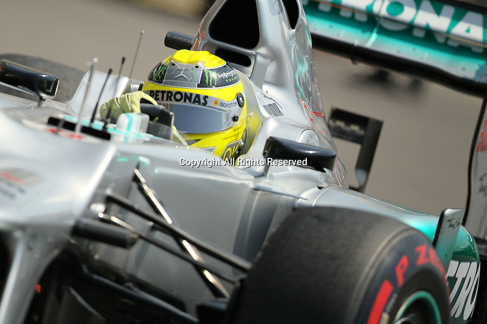 26.05.2012. Monaco, Monote Carlo. Nico Rosberg takes on the streets of Monaco during final practice  on qualification day.