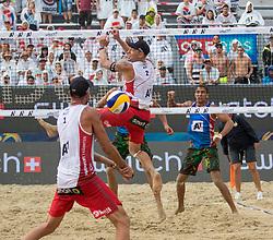 28.07.2016, Strandbad, Klagenfurt, AUT, FIVB World Tour, Beachvolleyball Major Series, Klagenfurt, Herren, im Bild Clemens Doppler (1, AUT), Alexander Horst (2, AUT) vorne, Trevor Crabb (1, USA), Taylor Crabb (2, USA) hinten // during the FIVB World Tour Major Series Tournament at the Strandbad in Klagenfurt, Austria on 2016/07/28. EXPA Pictures © 2016, PhotoCredit: EXPA/ Gert Steinthaler