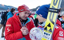 01.01.2017, Olympiaschanze, Garmisch Partenkirchen, GER, FIS Weltcup Ski Sprung, Vierschanzentournee, Garmisch Partenkirchen, Wertungsdurchgang, im Bild v.l.: Sportlicher Leiter Skisprung und Nordische Kombination Ernst Vettori und Stefan Kraft (AUT, 3. Platz) // f.l.: Ernst Vettori of Austria and 3rd placed Stefan Kraft of Austria during the Winner Award Ceremony of the Four Hills Tournament of FIS Ski Jumping World Cup at the Olympiaschanze in Garmisch Partenkirchen, Germany on 2017/01/01. EXPA Pictures © 2017, PhotoCredit: EXPA/ JFK