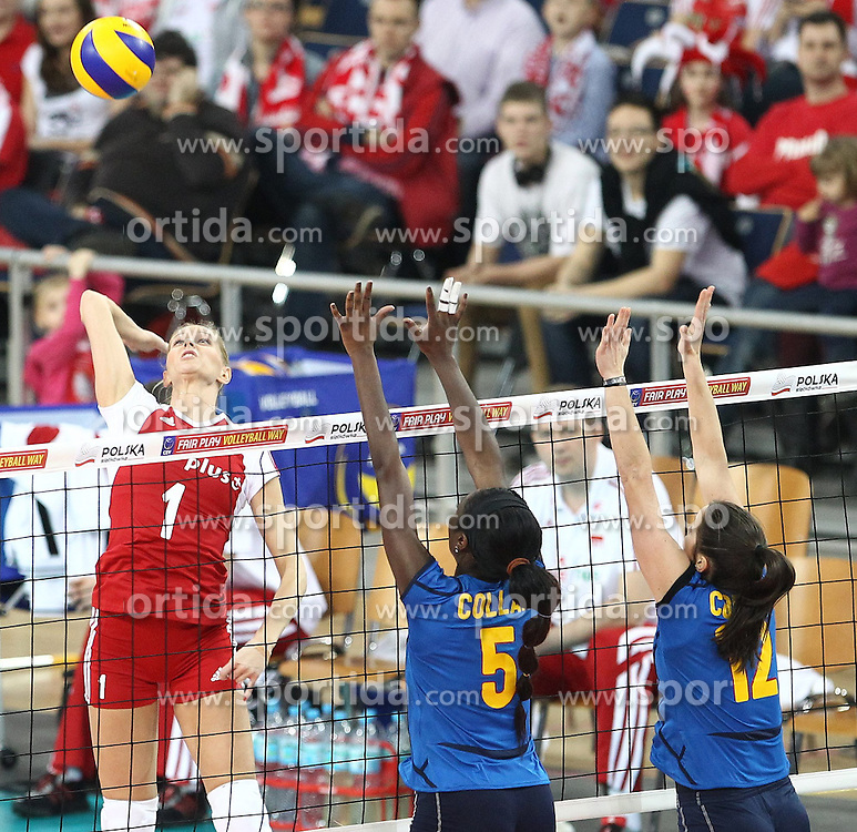 04.01.2014, Atlas Arena, Lotz, POL, FIVB, Damen WM Qualifikation, Polen vs Spanien, im Bild ANNA WERBLINSKA MILAGROS COLLAR JOSE CORRAL M // ANNA WERBLINSKA MILAGROS COLLAR JOSE CORRAL M during the ladies FIVB World Championship qualifying match between Poland and Spain at the Atlas Arena in Lotz, Poland on 2014/01/04. EXPA Pictures &copy; 2014, PhotoCredit: EXPA/ Newspix/ Maciej Goclon<br /> <br /> *****ATTENTION - for AUT, SLO, CRO, SRB, BIH, MAZ, TUR, SUI, SWE only*****