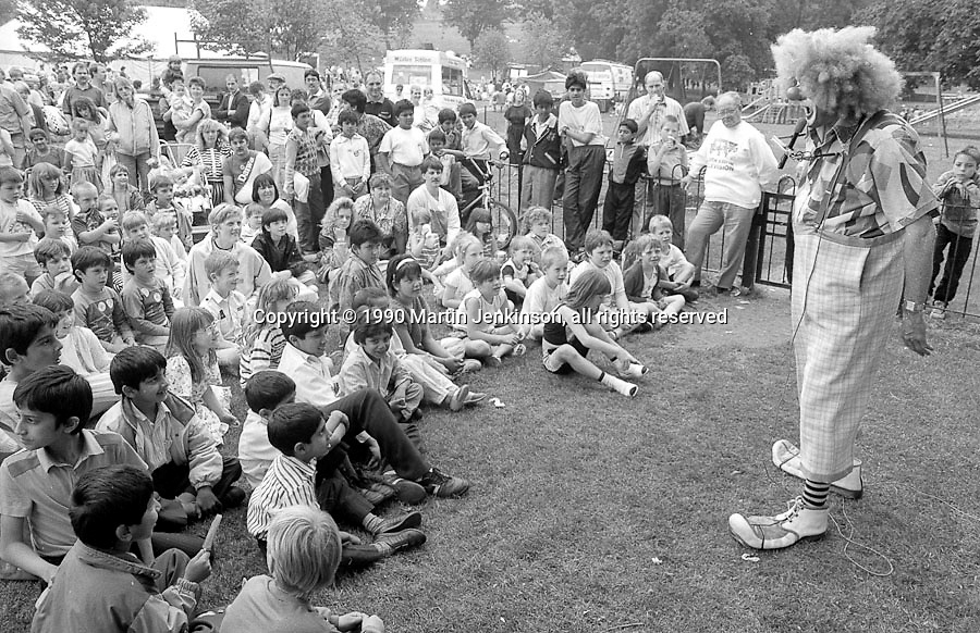 Ted Pickles, childrens entertainer. 1990 Yorkshire Miner's Gala. Rotherham.
