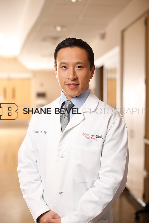1/14/16 6:11:59 PM --  Warren Clinic Plastic Surgeons. <br /> <br /> Photo by Shane Bevel