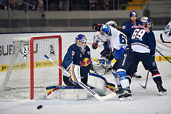 06.01.2015, Olympia-Eisstadion, Muenchen, GER, DEL, EHC Red Bull M&uuml;nchen Schwenninger vs Wild Wings, 36. Runde, im Bild Niklas Treutle, Torhueter (EHC Red Bull Muenchen), Philipp Schlager (Schwenninger Wild Wings), Florian Kettemer (EHC Red Bull Muenchen), v.li. Aktion, // during Germans DEL Icehockey League 36th round match between EHC Red Bull M&uuml;nchen Schwenninger and Wild Wings at the Olympia-Eisstadion in Muenchen, Germany on 2015/01/06. EXPA Pictures &copy; 2015, PhotoCredit: EXPA/ Eibner-Pressefoto/ Buthmann<br /> <br /> *****ATTENTION - OUT of GER*****