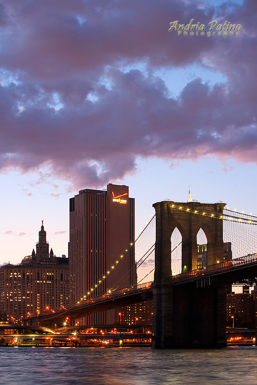 The Brooklyn Bridge with cloud above