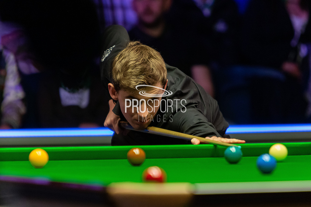 Day 3 of the 19.com World Snooker Home Nations Scottish Open. Action from the Evening session Ronnie O'Sullivan vs James Cahill during the World Snooker Scottish Open at the Emirates Arena, Glasgow, Scotland on 11 December 2019.
