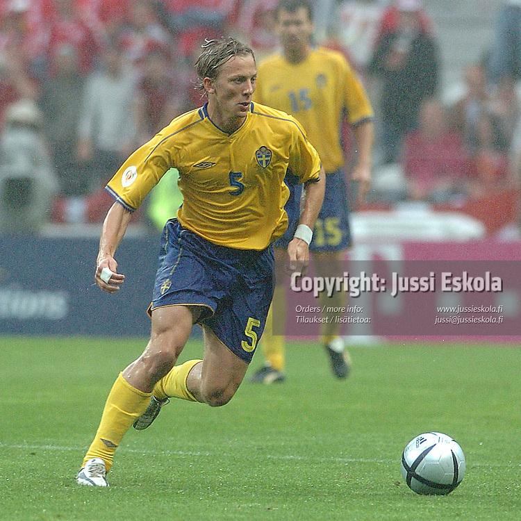 Erik Edman, Sweden.<br /> Euro 2004.&amp;#xA;Photo: Jussi Eskola