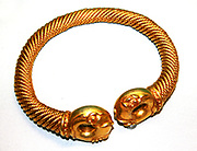 Gold and silver-alloy tore. Near Newark, Nottinghamshire. About 100-50 BC. This tore was discovered by a metal detectors' 2005. It is thought that it was deliberately placed in a specially dug hole, perhaps as an offering to the gods. Torcs were worn around the neck and were probably worn on a special occasions like a mayoral chain.