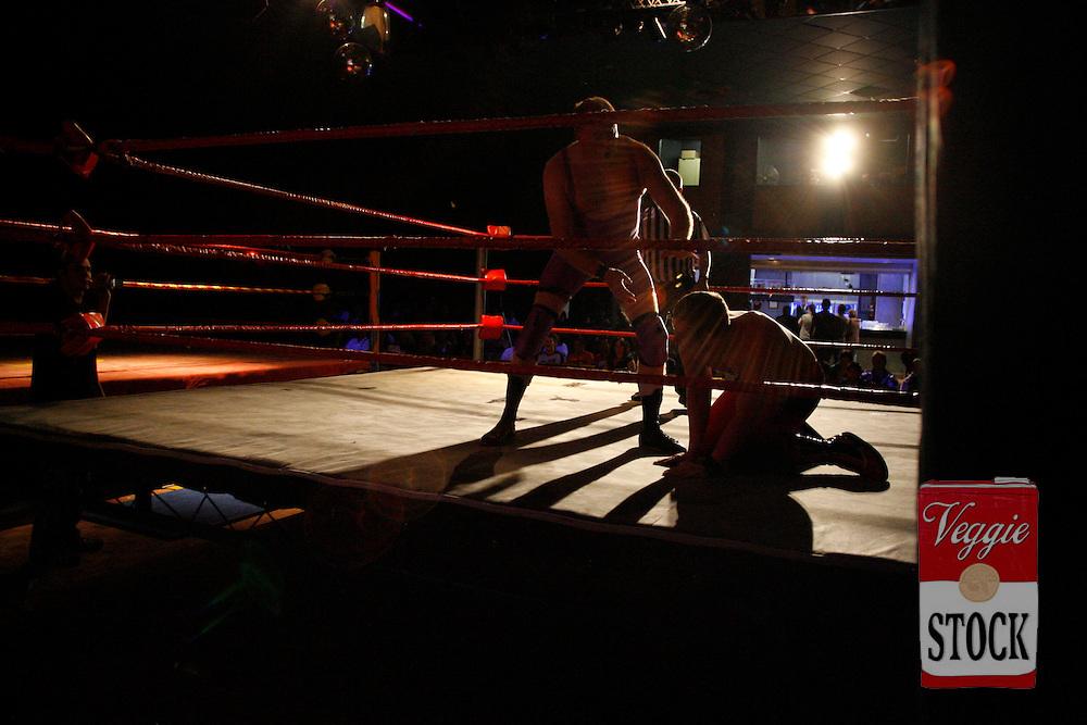 Ultimate Wrestling Alliance wrestlers in action at the Seven Hills / Toongabbie RSL in Sydney, October 29, 2006.