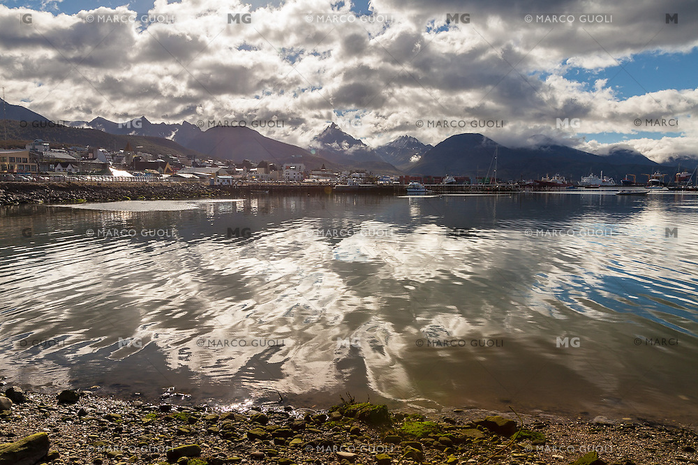 CIUDAD DE USHUAIA, PROVINCIA DE TIERRA DEL FUEGO,  PATAGONIA, ARGENTINA (PHOTO BY © MARCO GUOLI - ALL RIGHTS RESERVED. CONTACT THE AUTHOR FOR ANY KIND OF IMAGE REPRODUCTION)
