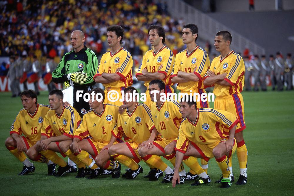FIFA World Cup - France 1998<br /> 15.6.1998, Stade Gerland, Lyon, France.<br /> Group G, Romania v Colombia.<br /> Romania starting line-up, back row, left to right: Bogdan Stelea, Gheorghe Popescu, Iulian Filipescu, Liviu Ciobotariu, Constantin Galca.<br /> Front row, left to right: Gabriel Popescu, Adrian Ilie, Dan Petrescu, Dorinel Munteanu, Gheorge Hagi, Viorel Moldovan.