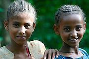 BAHAR DAR, GOJJAM/ETHIOPIA..Lake Tana, origin of the Blue Nile..Villagers at Zeghe Peninsula selling souvenirs to tourists..(Photo by Heimo Aga)