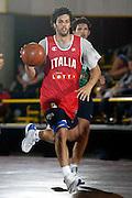 BORMIO LUGLIO 2004<br /> RITIRO PREOLIMPICO NAZIONALE ITALIANA BASKET NELLA FOTO GIANLUCA BASILE<br /> FOTO CIAMILLO-CASTORIA