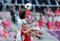 Fotball<br /> EM 2012<br /> 12.06.2012<br /> Tsjekkia v Hellas<br /> Foto: Witters/Digitalsport<br /> NORWAY ONLY<br /> <br /> v.l. Georgios Samaras, Michal Kadlec (Tschechien)<br /> Fussball EURO 2012, Vorrunde, Gruppe A, Griechenland - Tschechien