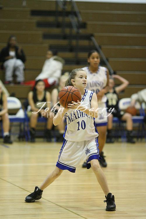 MCHS JV Girls Basketball.vs Monticello .12/20/2008