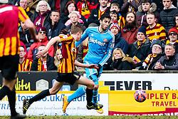 Sunderland's Ricky Alvarez attacks - Photo mandatory by-line: Matt McNulty/JMP - Mobile: 07966 386802 - 15/02/2015 - SPORT - Football - Bradford - Valley Parade - Bradford City v Sunderland - FA Cup - Fifth Round