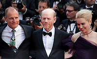 Woody Harrelson, Director Ron Howard and Emilia Clarke at the Solo: A Star Wars Story gala screening at the 71st Cannes Film Festival, Tuesday 15th May 2018, Cannes, France. Photo credit: Doreen Kennedy