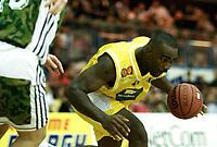 Basketball, BLNO 10. oktober 2001, Asker Aliens - Bærums Verk Defenders. Cory Jenkins, Asker.