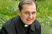 20.05.2006 Warszawa  Ksiadz dr Stefan Moszoro - Dabrowski  kieruje Opus Dei w Polsce.Fot. Piotr Gesicki Priest Stefan Moszoro-Dabrowski chief of Opus Dei in Poland photo Piotr Gesicki
