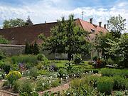 Klostergarten Inzigkofen, Donautal, Naturpark obere Donaul, Baden-Württemberg, Deutschland.|.abbey garden Inzigkofen, nature park upper Danube, Baden-Wuerttemberg, Germany