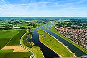 Nederland, Gelderland / Overijssel, Deventer, 17-07-2017; IJssel met uiterwaarden met spoorbrug, ter hoogte van de Ossenwaard. Om het IJsselwater bij hoogwater sneller af te voeren zijn bij Deventer zijn in het kader van het programma Ruimte voor de Rivier de uitwaarden vergraven om een hoogwatergeul te cre&euml;ren. Foto stroomafwaarts.<br /> NOOT: Zie ook opnames van de oorspronkelijke situatie.<br /> IJssel with floodplains. In order to facilitate the flood of water from river IJssel at high waters, floodplains have been has excavated and and a flood chanel has been created.<br /> See also recordings of the original situation.<br /> luchtfoto (toeslag op standard tarieven);<br /> aerial photo (additional fee required);<br /> copyright foto/photo Siebe Swart