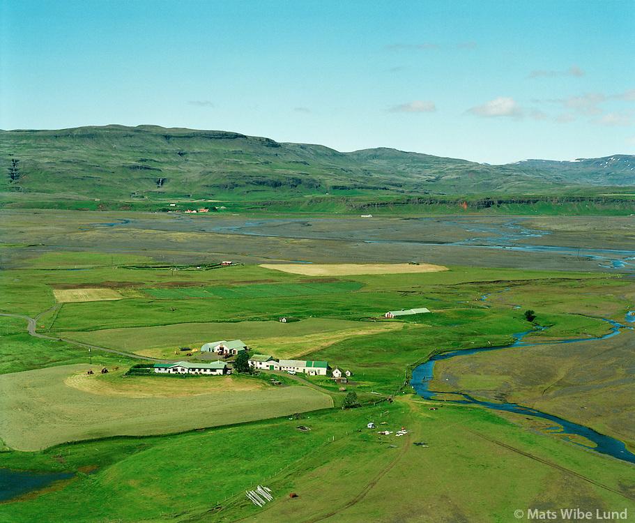 Maríubakki,  Kálfafell i bakgrunni . Hörgslandshreppur.Mariubakki, Kalfafell in background. Horgslandshreppur