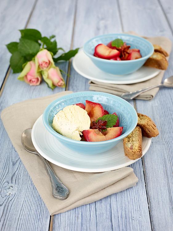 Motiv: Dessert Kryddiga desserter<br /> Recept: Katarina Carlgren<br /> Fotograf: Thomas Carlgren<br /> Anv&auml;ndningsr&auml;tt: Publ en g&aring;ng<br /> Annan publicering kontakta fotografen