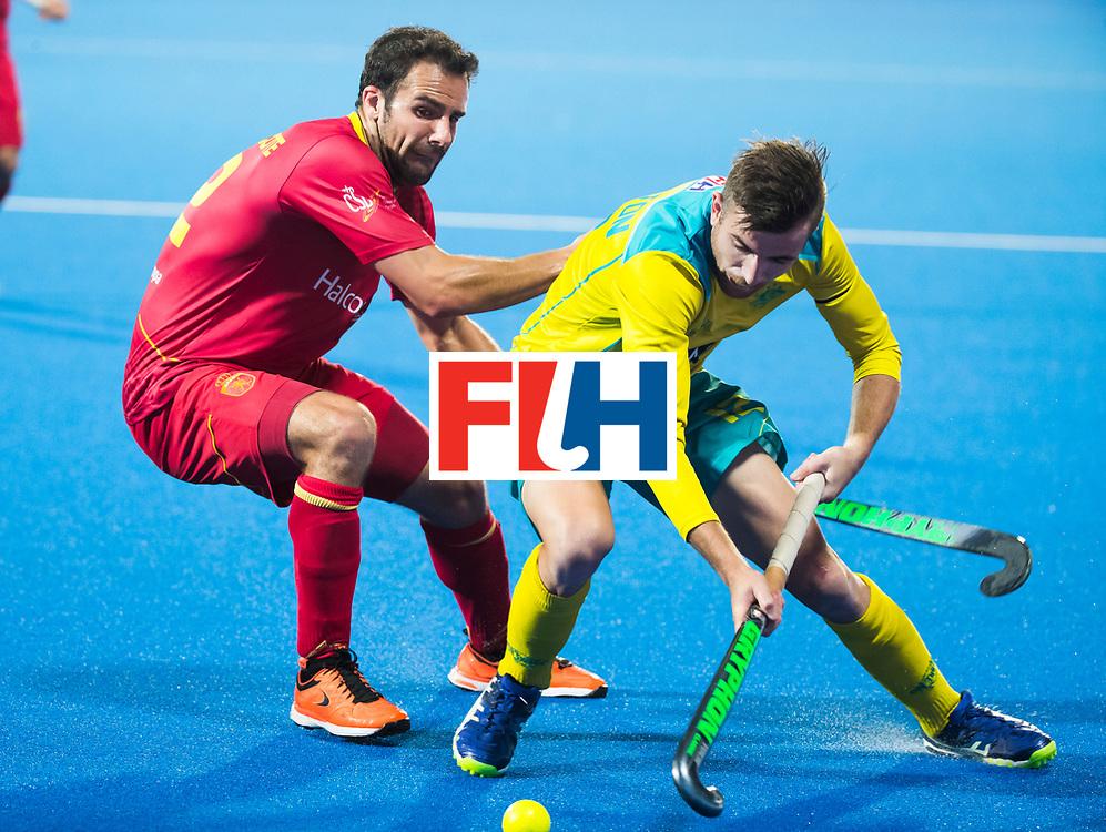 BHUBANESWAR - Jake Whetton (Aus) met Marc Garcia (Esp)   Hockey World League finals , Quarter Finals . Spanje-Australie (1-4)  COPYRIGHT KOEN SUYK