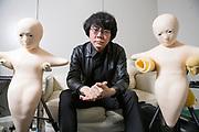 Professor Hiroshi Ishiguro bredvid tv&aring; robotar som kallas &ldquo;Telenoid&rdquo;. Osaka University, Japan<br /> <br /> Professor Hiroshi Ishiguro. Osaka University, Japan<br /> <br /> Fotograf: Christina Sj&ouml;gren<br /> Copyright 2018, All Rights Reserved