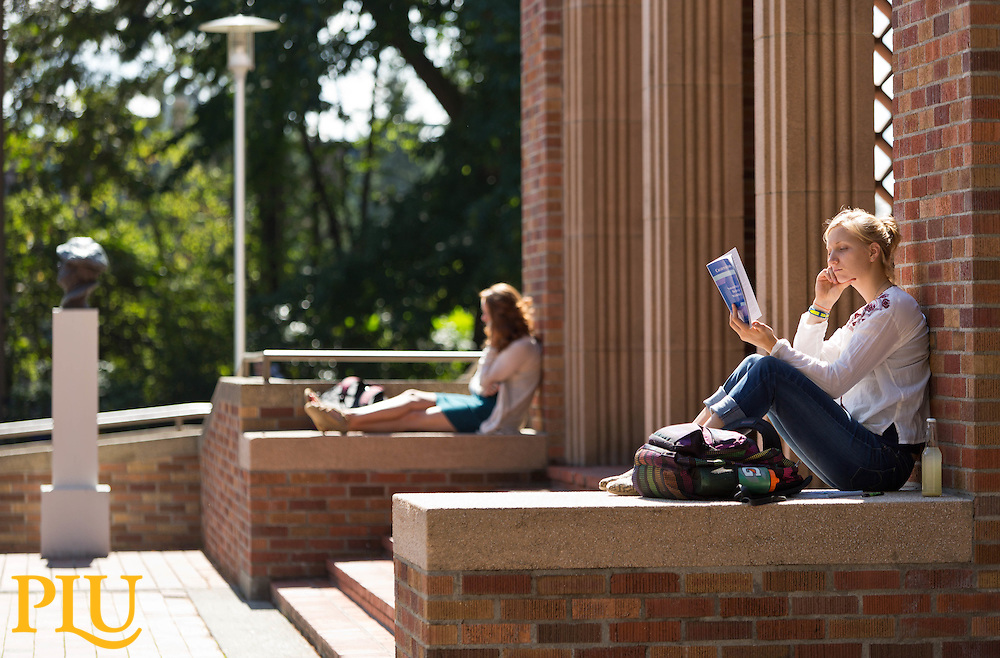 Students studying at Red Square at PLU on Wednesday, Sept. 9, 2015. (Photo: John Froschauer/PLU)