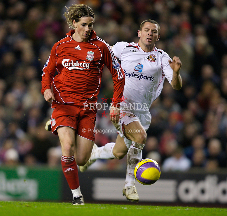 LIVERPOOL, ENGLAND - Saturday, February 2, 2008: Liverpool's Fernando Torres on his way to scoring the second goal against Sunderland during the Premiership match at Anfield. (Photo by David Rawcliffe/Propaganda)