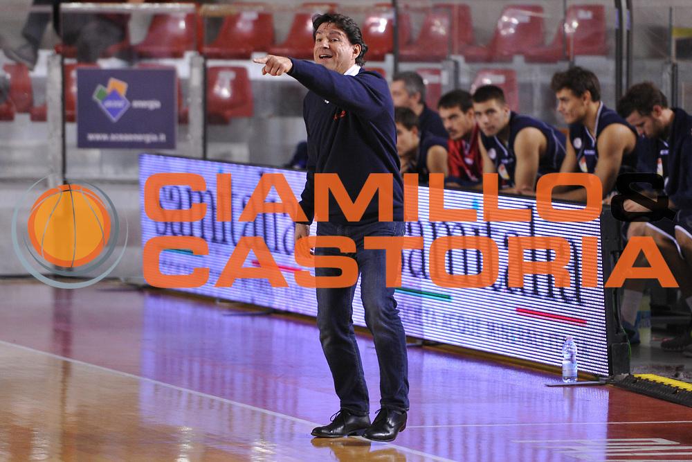 DESCRIZIONE : Roma LNP A2 2015-16 Acea Virtus Roma Assigeco Casalpusterlengo<br /> GIOCATORE : Alessandro Finelli<br /> CATEGORIA : allenatore coach<br /> SQUADRA : Assigeco Casalpusterlengo<br /> EVENTO : Campionato LNP A2 2015-2016<br /> GARA : Acea Virtus Roma Assigeco Casalpusterlengo<br /> DATA : 01/11/2015<br /> SPORT : Pallacanestro <br /> AUTORE : Agenzia Ciamillo-Castoria/G.Masi<br /> Galleria : LNP A2 2015-2016<br /> Fotonotizia : Roma LNP A2 2015-16 Acea Virtus Roma Assigeco Casalpusterlengo
