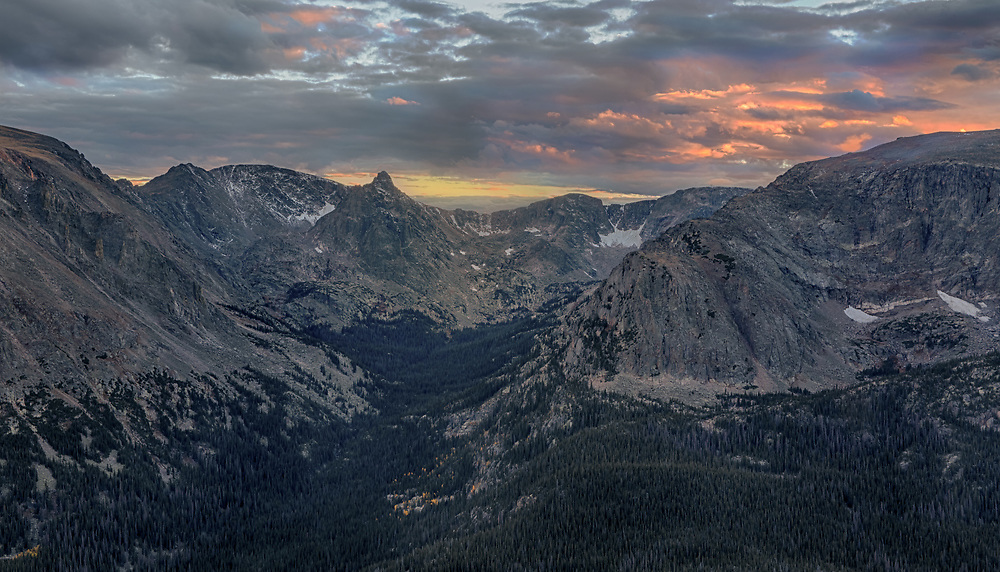 Rocky Mountain National Park, Colorado, Forrest Canyon, Gore Range
