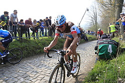 The peloton including Silvan Dillier (SUI) AG2R La Mondiale climb the Koppenberg during the 2019 Ronde Van Vlaanderen 270km from Antwerp to Oudenaarde, Belgium. 7th April 2019.<br /> Picture: Eoin Clarke | Cyclefile<br /> <br /> All photos usage must carry mandatory copyright credit (© Cyclefile | Eoin Clarke)