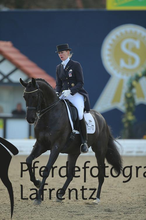 Sayn-Wittgenstein, Nathalie, Fabienne<br /> Hagen - Horses and Dreams 2013<br /> Grand Prix<br /> © www.sportfotos-lafrentz.de/Stefan Lafrentz