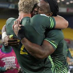 South Africa celebrate winning the final at the 2017 HSBC World Sevens Series Wellington, Westpac Stadium in Wellington, New Zealand on Sunday, 29 January 2017. Photo: Kerry Marshall / lintottphoto.co.nz