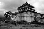 Lankatilaka Temple near Kandy