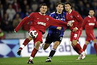 BRUGGE BRUGES 23/11/2006  SPORT / FOOTBALL / VOETBAL / COUPE UEFA - UEFA CUP GROUP B / CLUB BRUGGE - DINAMO BOUCAREST BOEKAREST / <br /> <br /> Brügge - Dinamo Bucuresti<br /> SVEN VERMANT - NICULESCU<br /> <br /> Norway only