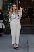 Drew Barrymore arrives at Club Monaco