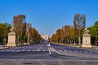 France, Paris (75), Avenue des Champs Élysées durant le confinement du Covid 19 // France, Paris, Champs Élysées avenue during the containment of Covid 19